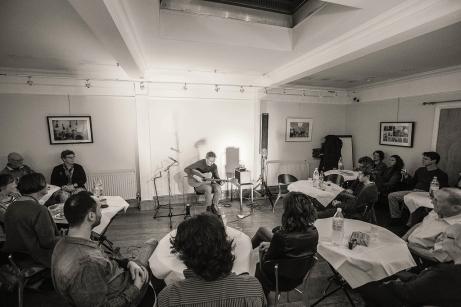 CliveCarroll Concert at Ritz Music, 8NOv2015, photo by Cristina Schek (1)