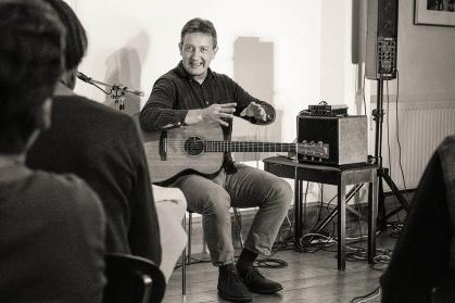 CliveCarroll Concert at Ritz Music, 8Nov2015, photo by Cristina Schek (35)
