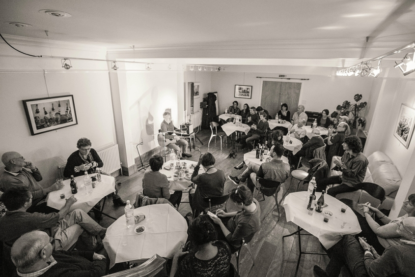 CliveCarroll Concert at Ritz Music, 8Nov2015, photo by Cristina Schek (38)