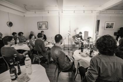 CliveCarroll Concert at Ritz Music, 8Nov2015, photo by Cristina Schek (47)