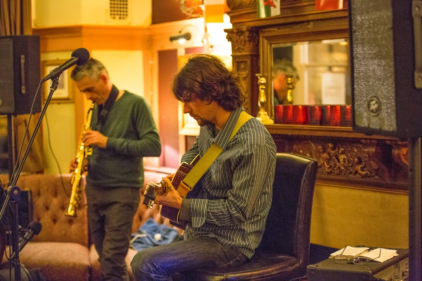 Noris Schek Concert at Duke's Head, Richmond, photo by Cristina Schek (1)