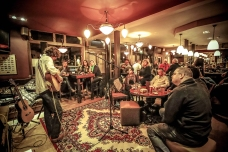Noris Schek Concert at Old Sergeant, Febr2016, photo by Cristina Schek (15)