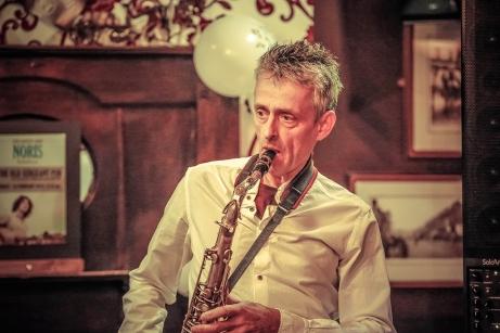 Noris Schek Concert at Old Sergeant, Febr2016, photo by Cristina Schek (23)